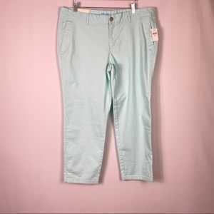 Gap mint green cropped khakis